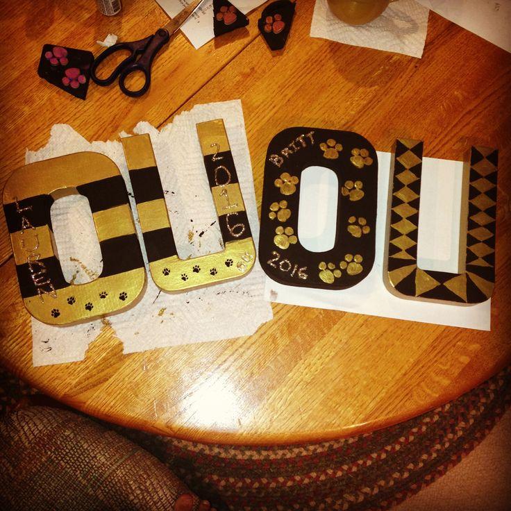 Cardboard letters DIY! Oakland University! Go grizzlies!