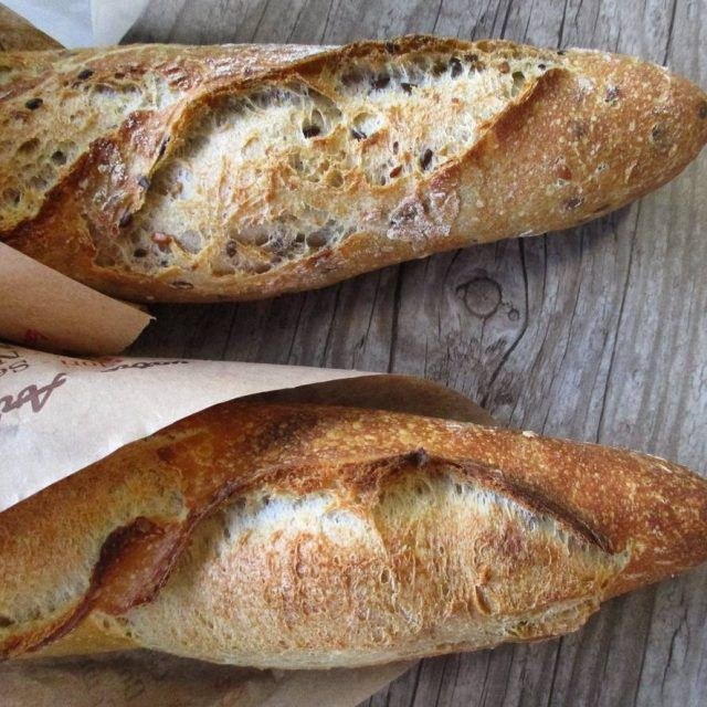 Baguette traditionelle one on the way home and one tohellip