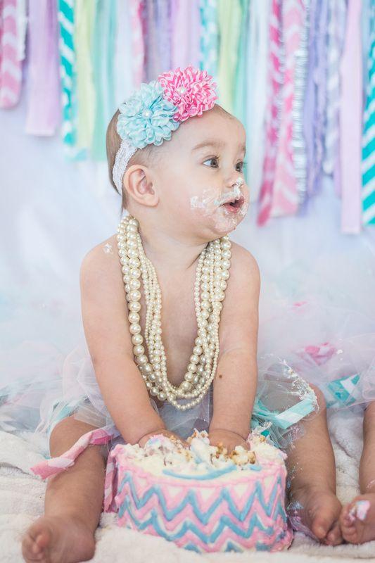 Смешные картинки 1 годик девочке