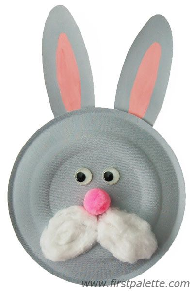 Paper Plate Animal Crafts including bunny, zebra, giraffe, cat, tiger, lion, puppy, cow, reindeer, and pig.  So cute!