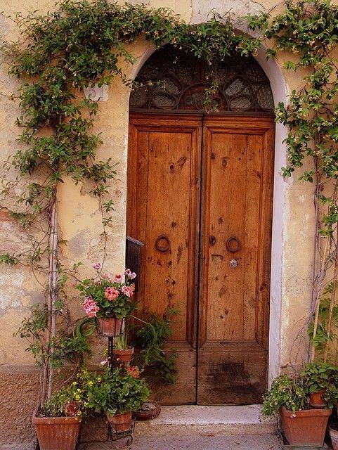 Вратата с розите...