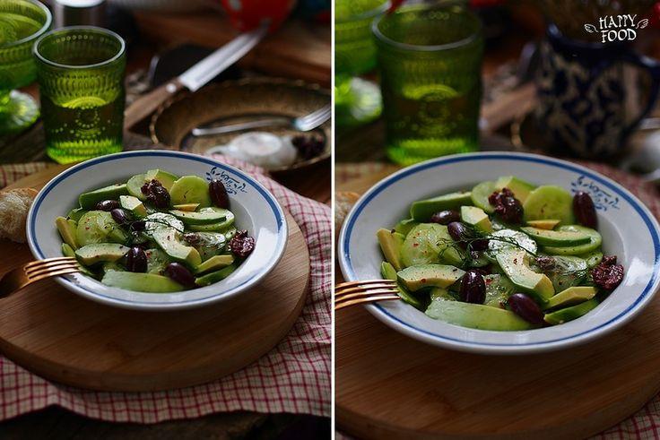 Привет! И вновь у меня блюдо с авокадо - очень простое и очень вкусное не смотря на такое небольшое количество ингредиентом. Рекомендую порадовать себя: на 2 порции…