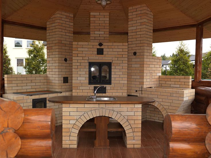 What is it about an outdoor kitchen? its so cozy/inviting.