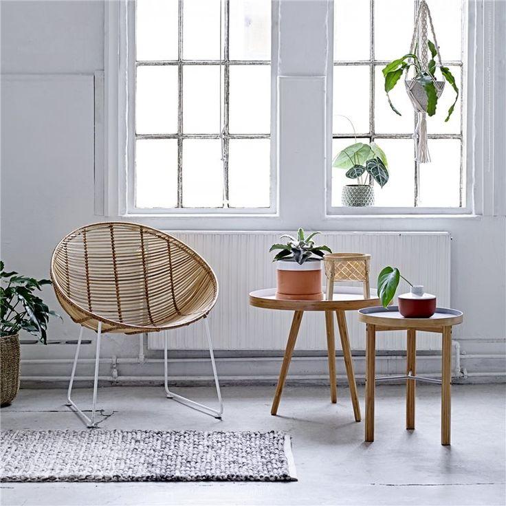Bloomingville Orinoco Volga Fauteuil  Dommel lekker weg in deze Orinico fauteuil van Bloomingville! Lees een boekje of luister naar rustgevende muziek in deze comfortabele rotan stoel met metalen onderstel. Zet hem in de woon- of slaapkamer en kom helemaal in een relaxte vibe!  Bijzonder leuke stoel van H 78 x B 71 x D 63 cm Past perfect in een natuurlijke of bohemien woonstijl Met rotan zitting, voor een natuurlijke uitstraling Stijl hem af met sierkussens of een mooi plaid  €469,00