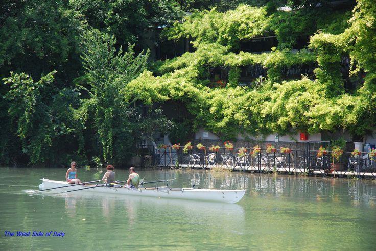 Piemonte, Torino, Crociera sul Po, canottieri #Piemonte #Torino #visitpiemonte #turismotorino #piemonteturismo http://www.westitaly.net