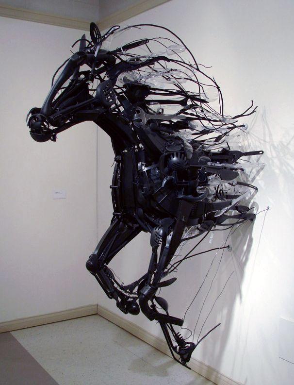 Sayaka Ganz - Emergence (2011) - installation art from discarded plastic
