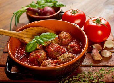 Готовим с удовольствием!: Фрикадельки в томатном соусе: рецепт быстрого обед...
