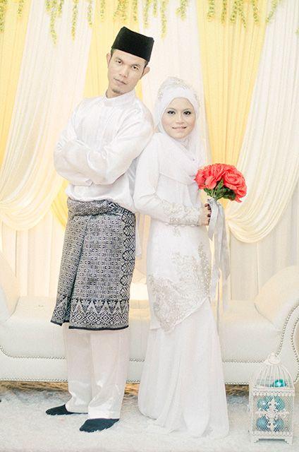 Nora & Mansur by Rozyhashim Photography.