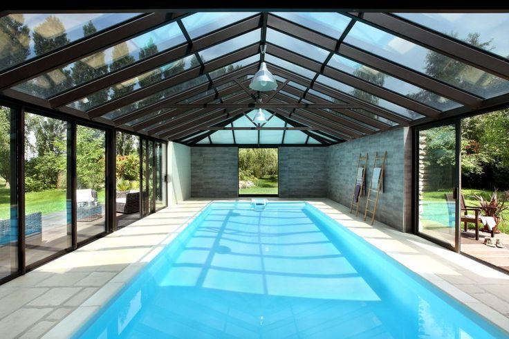 V randa avec piscine piscine pinterest indoor pools for Construction piscine couverte