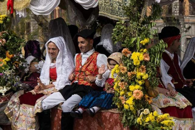 A Plague, a Saint, a Golden Cart, and a Celebration in Cagliari, Sardinia: The Festival of Sant'Efisio