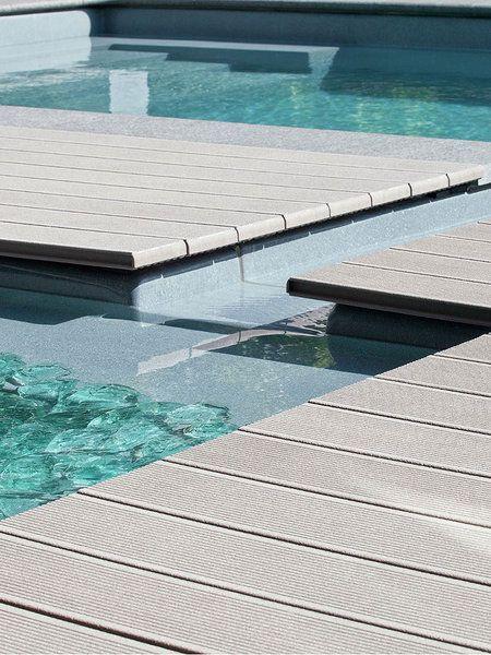 Pavimento exterior piscina
