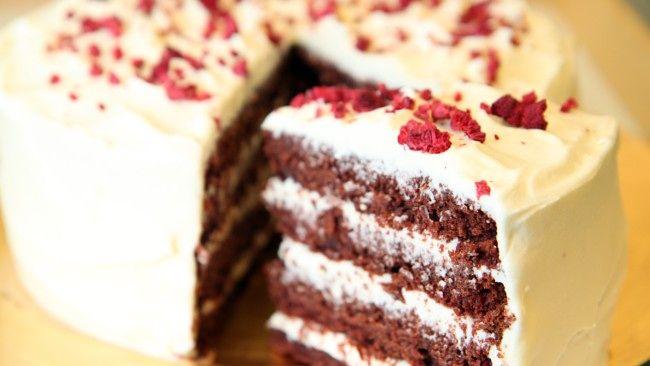 Rødbete- og sjokoladekake med masse god ostekrem. Lise Finckenhagens oppskrift fra Jacobsen på NRK P1+.