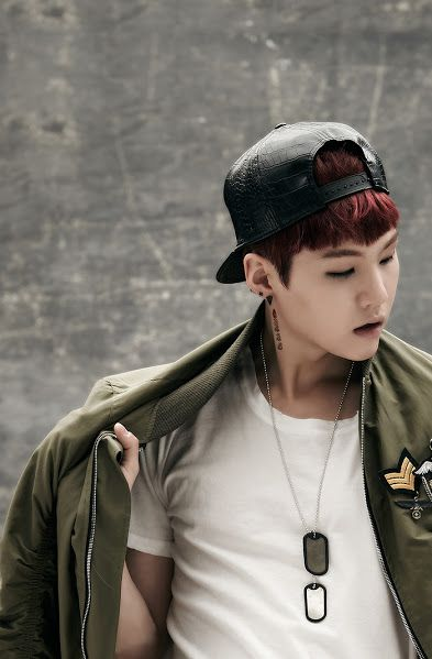 SUGA 'SKOOL LUV AFFAIR' Photoshoot <3 This guy is a hottie