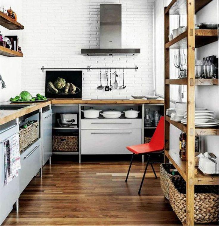 Деревянный пол на кухне в стиле лофт