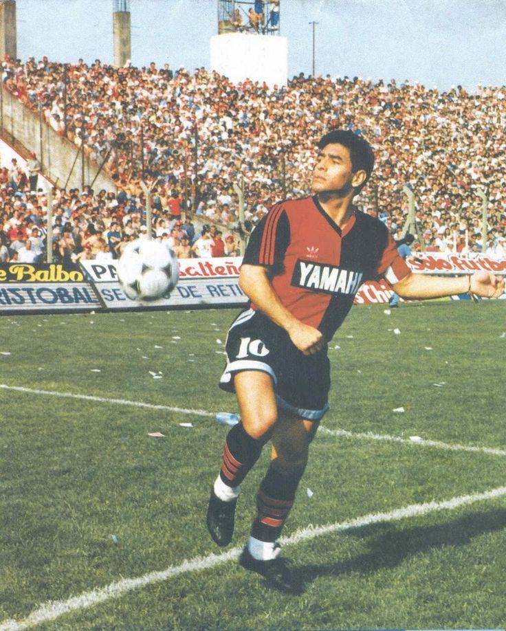 @Club Atletico Newell's Old Boys leproso en 1993 pic.twitter.com/BOIsEp7wvZ