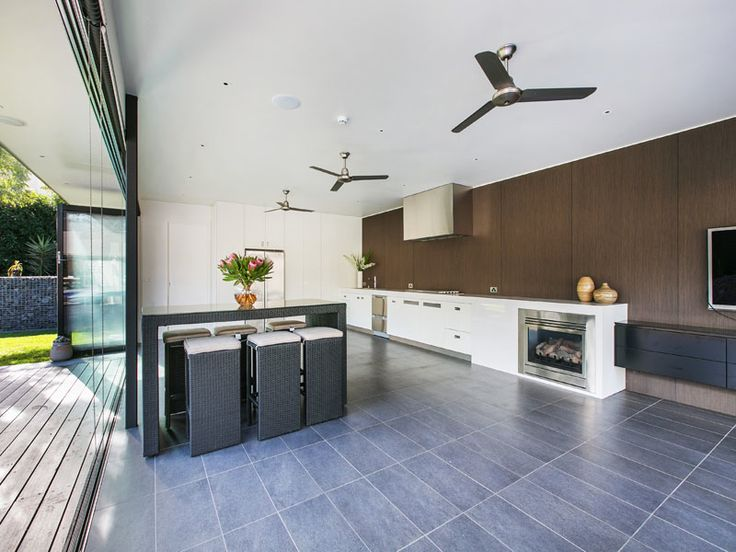 Strickland Drive | Bungalow | Cabana | Pool house | Wood wall - Allure Oak Laminex