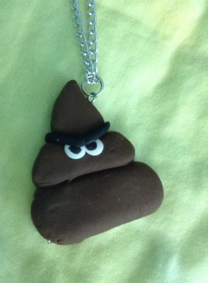 Angry turn necklace = 5$