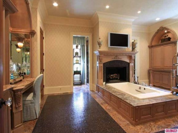 Chrisley Knows Best Home For Sale Take The Tour Mansions Warm And Home