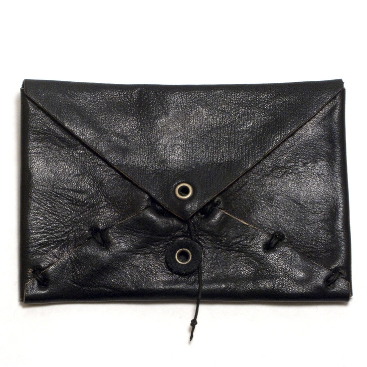 Corpus Wallet / Billy Bartels: Black Clutches, Envelopes Bags, Corpus Wallets, Beautiful Simple, Bags Wallets Clutches, Leather Bags, Beget Corpus, Envelopes Clutches, Vim Beget