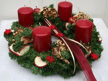 Adventskranz künstlich mit 4 roten Kerzen 35 cm