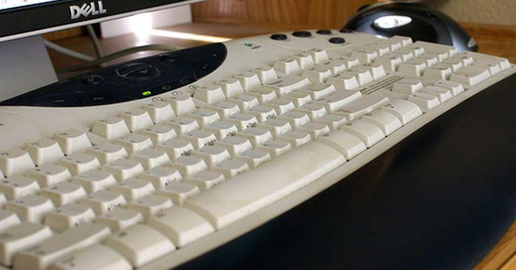 Problemas y pérdida de los controladores del mouse y el teclado en Windows XP. Una cosa que ha mejorado con el lanzamiento de Windows XP (desde Windows ME) fue la compatibilidad de controladores. Los dispositivos del equipo a menudo empiezan a trabajar casi inmediatamente después de ser enchufados. XP funciona en segundo plano para encontrar rápidamente e instalar los controladores necesarios. Aún surgen problemas, por ...