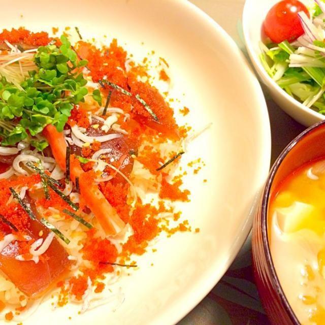 ちょいとすし太郎にたよってみました。2014.3.24 - 76件のもぐもぐ - チラシ寿司で夕食 by kazu347