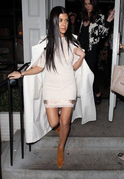 Kourtney Kardashian Photos - Celebrities Go Out for Dinner at Gracias Madre - Zimbio