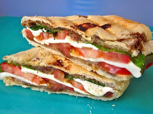 Balsamic Caprese Panini: Dinner, Caprese Paninis, Balsamic Caprese, Panini Yummmm, Food, Favorite Recipes