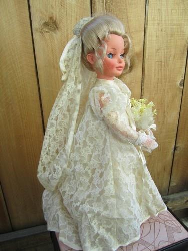 Furga Simona Bride doll
