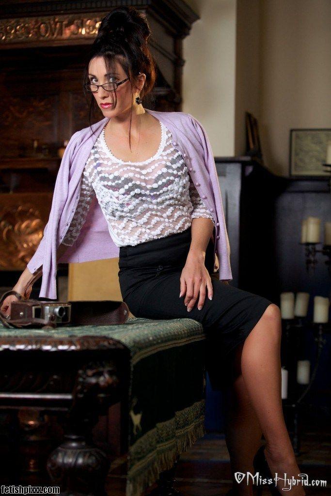 Miss Hybrid sexy nylon secretary