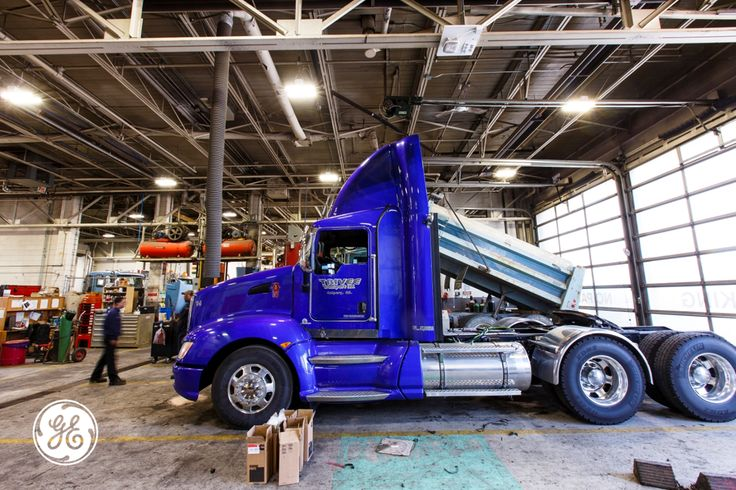 GE's Albeo™ high bay LED lighting helps GreatWest Kenworth save energy, reduce maintenance costs and increase productivity in its Calgary facilities.