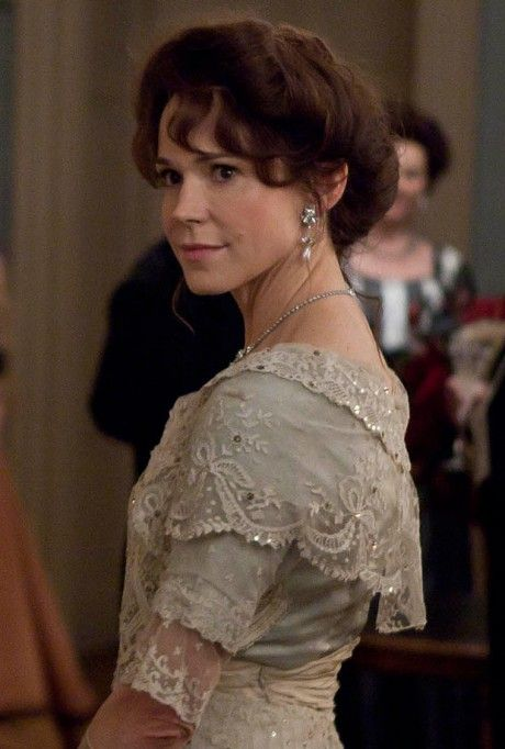 Mr. Selfridge Love this character's style!