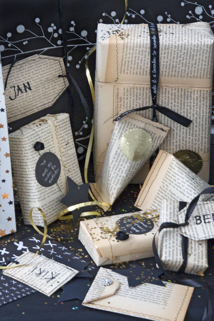 Cadeaus inpakken met oud papier | Wrapping presents with old paper | Styling Leonie Mooren | Fotografie Anouk de Kleermaeker | vtwonen feestspecial december 2015