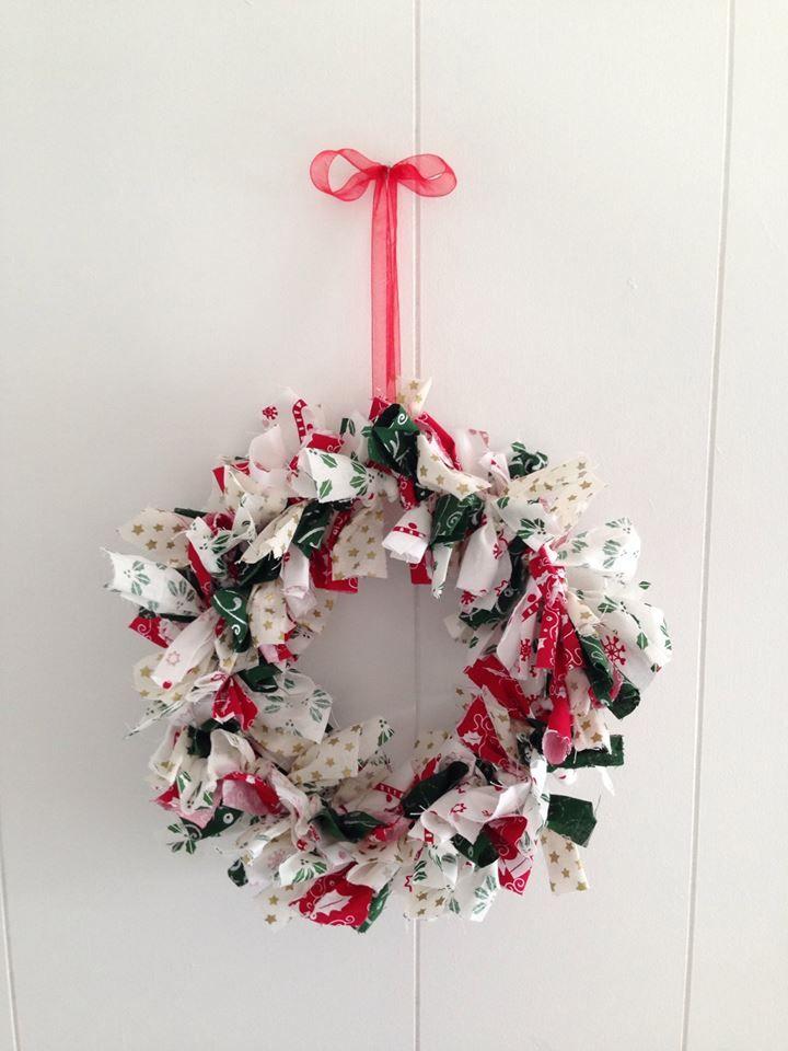 Christmas Wreath  #buntingtree #wreath #christmas #red #green #homedecor #decor