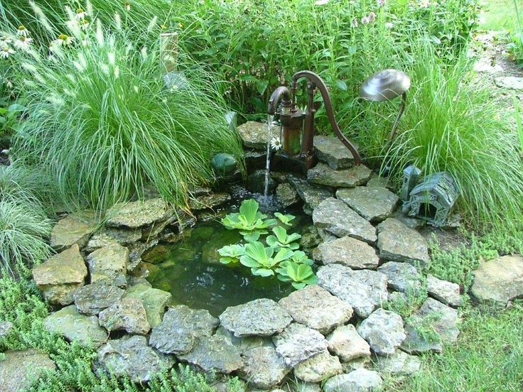 Small pond with a pump fountain sue 39 s garden in ohio for Small pond fountains