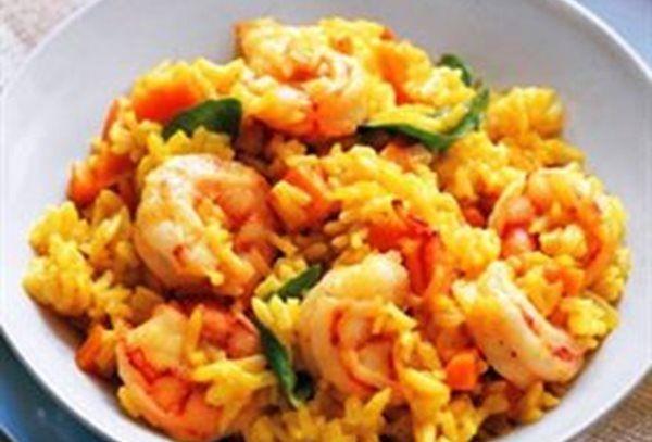 Gebakken rijst met scampi en spekjes recept | Solo Open Kitchen