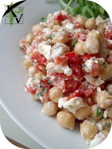Salade de Pois Chiches, Feta, Tomates & Menthe