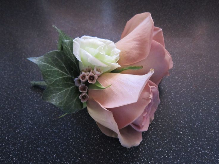 Double rose groom's buttonhole