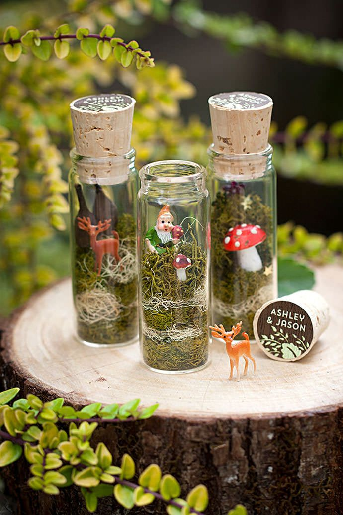 Nice roundup of DIY garden fairy crafts at Handmade Charlotte