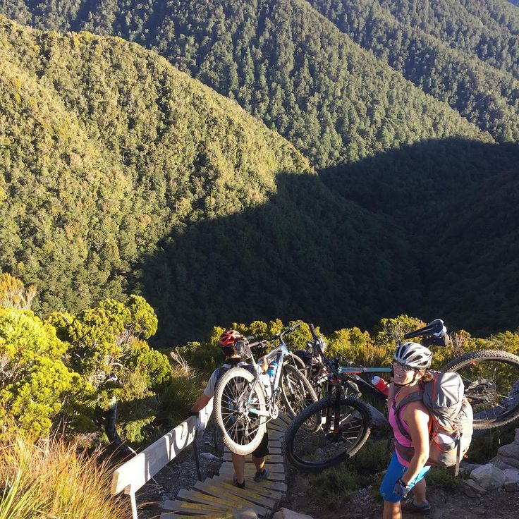 Part of the Active Earth Adventures and Hiking New Zealand team went up to the Old Ghost Road for a great weekend of mountain biking!