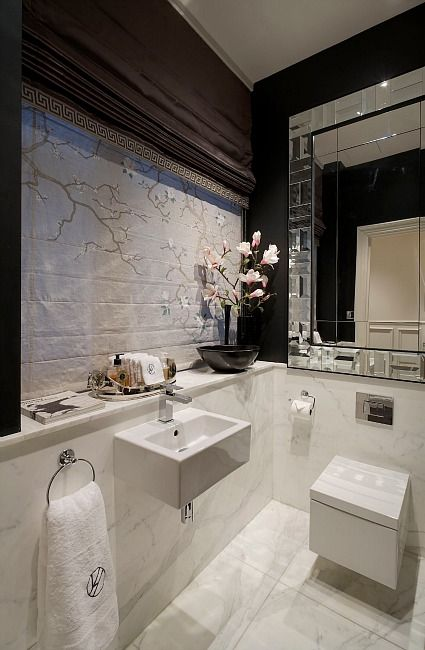 The Venetian Mirror And Beautiful Blinds Add To Already Luxurious Feel Of This Bathroom Luxury Apartment By Louis Henri
