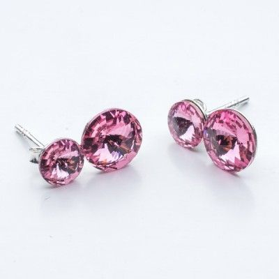 Swarovski Rivoli Earrings 6/8mm Light Rose  Dimensions: length:1,5cm stone size: 6mm and 8mm Weight ~ 1,60g ( 1 pair ) Metal : sterling silver ( AG-925) Stones: Swarovski Elements 1122 SS29 ( 6mm ) and SS39 ( 8mm )  Colour: Light Rose 1 package = 1 pair