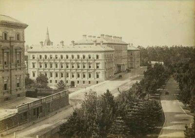 Treasury Place and Treasury Gardens in Melbourne,Victoria  (year unknown). (State Library of Victoria, H2006.56/12) Treasury Place and Treasury Gardens, Melbourne  State Library of Victoria.