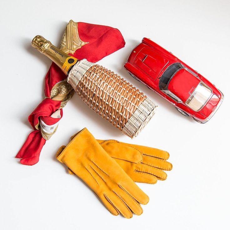"15 To se mi líbí, 1 komentářů – Engelmuller (@engelmulleroriginal) na Instagramu: ""Sunny day with #engelmuller #leather #handmade #gloves have a #style #luxury brand"""