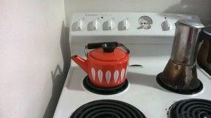 My orange Cathrinholm kettle