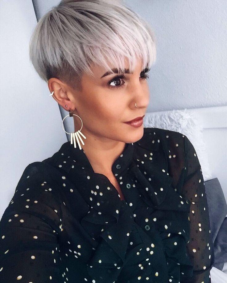 Рассмотрим актуальные варианты стрижки для тонких коротких волос сезона  если речь идет не только о стрижке, но и о контрастной окраске, убедитесь в мастерстве колориста.