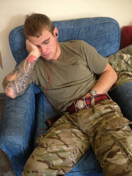 Amateur guys in uniform videos — photo 6