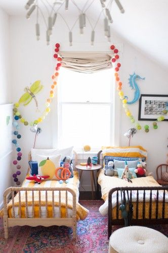 Best 25 small shared bedroom ideas on pinterest bunk - Chambre deux enfants ...
