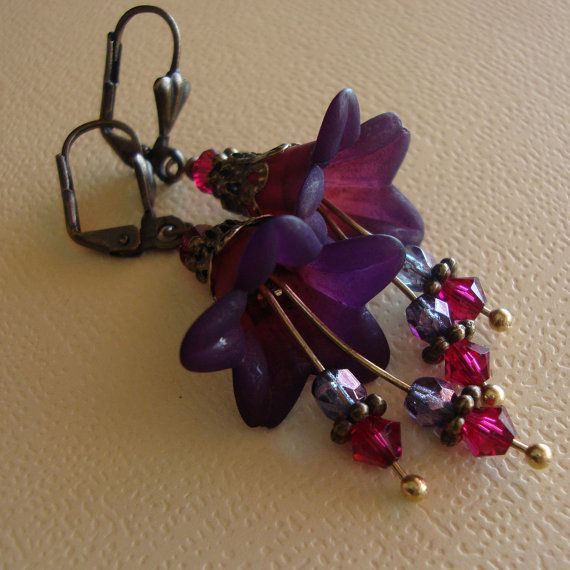 Vintage Style Floral earrings by lizix26 on Etsy, $22.00
