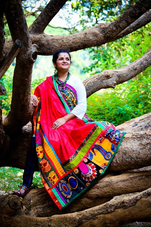 """""""Varnanggall"""" is an Indian art brand spreading the expression and good cheer of vibrant colors and beautiful Indian motifs."""